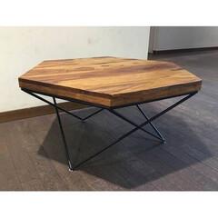 かわいい/我が家のテーブル 質素でモダンなスタンダードなテーブルです…