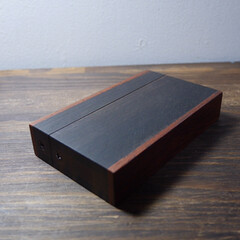 名刺入れ/自作/木工雑貨/DIY/ハンドメイド 縞黒檀の名刺入れ その2  サイズ感を合…
