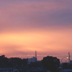 皆さんに感謝/朝焼けの空 おはようございます😃 きれいな朝焼け🎵 …
