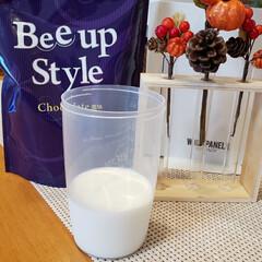 Bee up Style Chocolate風味 | Bee up Style(ソイプロテイン)を使ったクチコミ「まず、牛乳150ml用意して『bee u…」(1枚目)