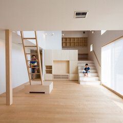 吹き抜け/デザインハウス/オーダーメイド/設計事務所/建築家/内観 建築家 今井賢悟さんの建てる家をご紹介 …