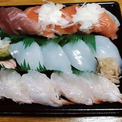 寿司/スシロー/LIMIAペット同好会/至福のひととき/LIMIAごはんクラブ 晩御飯は 息子達が食べに行ったスシローに…