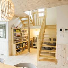 キノハス/kinohus/北欧/北欧デザイン/住まい/暮らし ほど良い『こもり感』で居心地がいい階段下…