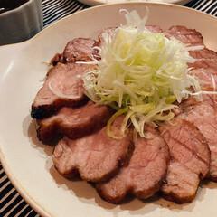 コストコ/我が家のごはん/夕飯/焼豚/生活の知恵/おうちごはん/... コストコの豚方ロースの塊を 焼き豚にして…