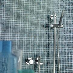 セラトレーディング/シャワー水栓/デザイン/シンプル/リフォーム/シンプルな暮らし 北欧デザインの巨匠アルネ・ヤコブセンによ…