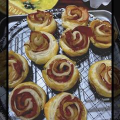 アップルパイ 今日はアップルパイを作りました。 薔薇の…
