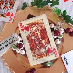 ケーキ作り/cake/手作りお菓子/LIMIAスイーツ同好会/トランプ/チョコレート/... 大きなトランプがのったガトーショコラ😆 …