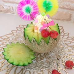 LIMIAスイーツ愛好会/スイーツ作り/アイスクリーム/丸ごとフルーツ/パフェ/フルーツパフェ/... 甘くなるまで寝かせてたメロン🍈 やっと食…(1枚目)