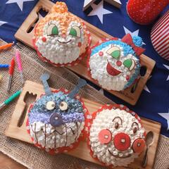 キャラクターフード/おうちカフェ/誕生日/誕生日ケーキ/誕生日プレゼント/アンパンマン/... 誕生日ケーキ作り。  アンパンマン💜 ド…
