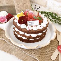 Homemade/ケーキ/ケーキ作り/スイーツ/おうち時間/おうちカフェ/... ネイキッドケーキ作りました😉 苦手なナッ…
