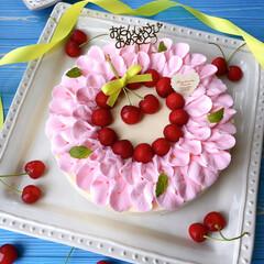 お家カフェ/Homemade/happybirthday/ケーキ作り/さくらんぼ🍒/タルトケーキ/... 末っ子娘の誕生日。 9歳になりました☺️…