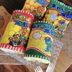 ロールケーキ/ケーキ/手作りケーキ/手作りお菓子/駄菓子/ハンドメイド キャベツ太郎と玉ねぎさん太郎のデコロール…