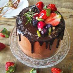 チョコレートケーキ/ドリップケーキ/naturalkitchen/手づくりお菓子/バレンタイン2020/キッチン雑貨/... 🍫チョコレートケーキ  レシピ本片手に四…(3枚目)