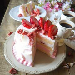 手作りお菓子/ひな祭り/ピンク/ダイソー/セリア/100均/... 🌸桜と苺のショートケーキ   ふわふわの…(4枚目)