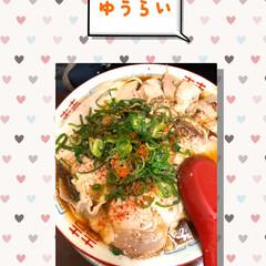 昼ごはん チャーシューたっぷり。太麺。スープは醤油…