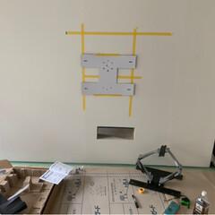 抽選でTV/間柱に固定/壁掛けTV ほぼ全てをリノベしてるので🙄 どうせなら…