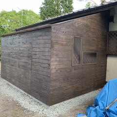 ガラスの代用で/勝手の良い倉庫/DIY 作り直し中の小屋?物置です 笑 低予算で…(3枚目)