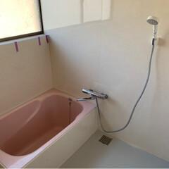 ソフト巾木/バスルーム 冷たくない/キッチンの収納 ほぼ0/バスルーム床/キッチン/リフォーム バスルームの床🛁施工完了👍 ついでにシャ…(1枚目)