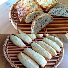 おうちパン/パン教室/カフェ風 ゴマチーズドデカフォカッチャとメロンステ…