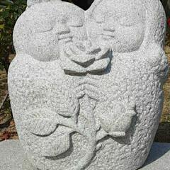薔薇公園/可愛い銅像/いいぽんさん、有難う 薔薇公園に入ってすぐの所に在った  石像…