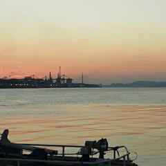 心ばかりのお祝いです🎵/新装開店おめでとう/Kazさんお帰りなさい❗ 今朝👀📷✨した  福山港の日の出です❗