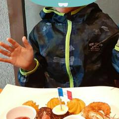 可愛い/お婿さんの甥っ子ちゃん/5歳/誕生日/お祝い/食事会 今日は、少し早めの  お婿さんの甥っ子ち…