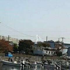 今朝の空/福山 一見、海に見えますが、  ボートが係留さ…