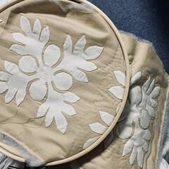 巾着バッグ/バッグ/ハワイアン雑貨/ハワイアンキルト/キルト/ハンドメイド/... ハワイアンキルトの「パンノキ」モチーフで…(3枚目)