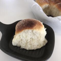 ホームベーカリー SD-MT3   パナソニック(ホームベーカリー)を使ったクチコミ「初めてのパン作り ちぎりパンとウィンナー…」(2枚目)