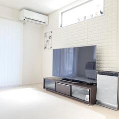 整理収納/IKEA/子供のいる暮らし/リビングインテリア/海外インテリアに憧れる/シンプルモダン/... エアコン下のスペースに何かインテリアが欲…