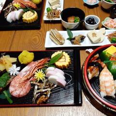お正月2020 今年の手作りおせち料理 お寿司とかまぼこ…