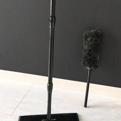 クイックルワイパー ハンディ本体 ブラック 花王   花王(モップ、雑巾)を使ったクチコミ「【ブラックのクイックルワイパー】  色が…」(2枚目)