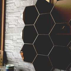 鏡/壁紙/玄関/ミラー/IKEA/イケア IKEAのミラーを玄関に貼りました。 壁…