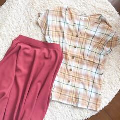 チェック柄/スカートコーデ/スカート/ブラウス/ファッション/おしゃれ/... 本日のコーディネート🌿  ベージュのチェ…