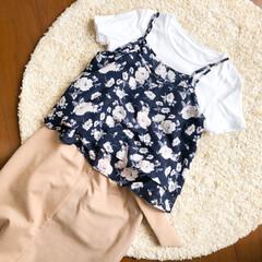コーデ/コーディネート/ファッション/スカートコーデ/スカート/白T/... 本日のコーディネート🌿  お気に入りの花…(1枚目)