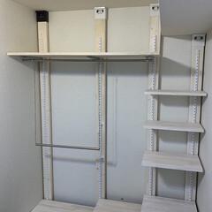 おうち/寝室収納/クローゼット整理/クローゼット収納/壁面収納棚/壁面DIY/... 造り付けのクローゼットは、昔ながらのタン…