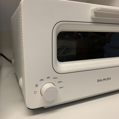 バルミューダ ザ・トースター BALMUDA The Toaster K01E-KG(ブラック) | BALMUDA(トースター)を使ったクチコミ「見て下さい☝︎ このシンプルなボディに …」