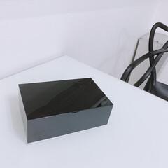 山崎実業 コットン&綿棒ケース ヴェール ブラック(綿棒、コットンケース)を使ったクチコミ「お手拭きからお掃除に至るまで さまざまな…」(1枚目)