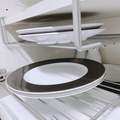 ロイヤルコペンハーゲン ホワイトフルーテッド ディーププレート 深皿 パスタプレート パスタ皿 スーププレート 24cm 2408606 240860 | ROYAL COPENHAGEN(皿)を使ったクチコミ「この食器棚ラックを逆に 吊り下げ式に利用…」(1枚目)