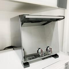スリムオーブントースター TS-D037PB | ツインバード(トースター)を使ったクチコミ「前面扉がミラーガラスで、 使ってない時は…」