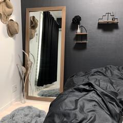 模様替え/大きな鏡/モノトーン雑貨/マイルーム/暮らし 少し模様替えしました。  自分の部屋です…
