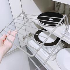 ロイヤルコペンハーゲン ホワイトフルーテッド ディーププレート 深皿 パスタプレート パスタ皿 スーププレート 24cm 2408606 240860 | ROYAL COPENHAGEN(皿)を使ったクチコミ「この食器棚ラックを逆に 吊り下げ式に利用…」(2枚目)