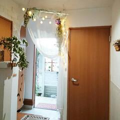 漆喰壁DIY/diy玄関/建売/建売住宅/ハンドメイド/DIY/... 我が家の玄関です😆💕 DIYしたアーチの…(2枚目)