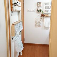 ディアウォール DWS90 | 若井産業(突っ張りラック)を使ったクチコミ「我が家の脱衣場です✨ とっても狭いので収…」
