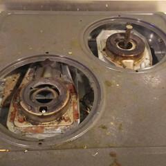 ガス台/ハウスクリーニング/お掃除/油汚れ ガス台の頑固な汚れをおとしたら。。。  …