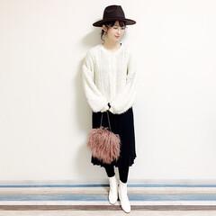 ファッション/おすすめアイテム/ママ/ママコーデ/annaママの高見えコーデ/ホワイトブーツ/... 🧸つば広ハットコーデ🧸 つば広帽子はディ…