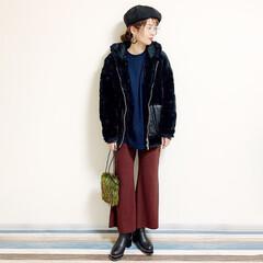 オトナファッション/オトナ女子/眼鏡/メガネ/帽子好き/帽子コーデ/... 🧸通勤コーデが 一日雨な日。 寒いからあ…(2枚目)