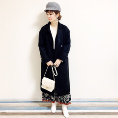 ファッション/おすすめアイテム/ママ/ママコーデ/annaママの高見えコーデ/ホワイトブーツ/... 🧸通勤コーデ🧸 花柄スカートの大人コーデ…