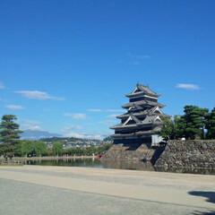 お城/長野県/松本城/おでかけ 松本城。 家族で城廻りをしています。
