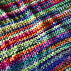 ブランケット/かぎ針編み/雑貨/ハンドメイド/住まい/暮らし 虹色のブランケット。 かぎ針編みです。 …